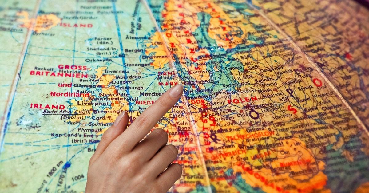 Czy mając 40 lat, można rozpocząć nowe życie za granicą? Agencja Marketingowa Nakatomi Warszawa