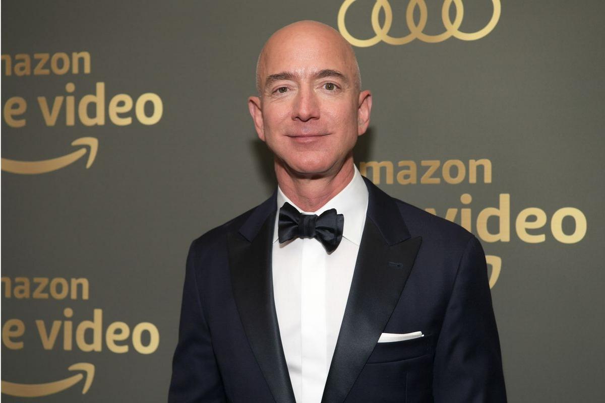 Jeff Bezos – od właściciela sklepiku do najbogatszego człowieka na ziemi, Blog o marketingu