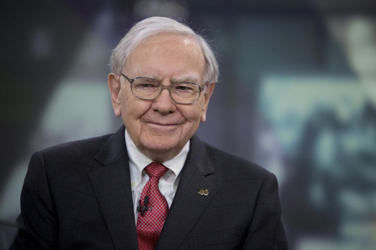 Warren Buffett – sprzedaje, kiedy inni kupują. Nic na siłę – giełda to biznes dla wytrwałych, Blog o marketingu